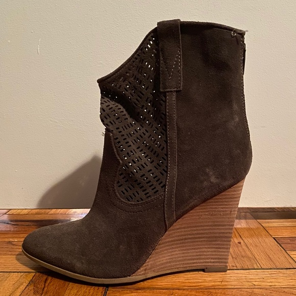 Crown Vintage leather wedge booties